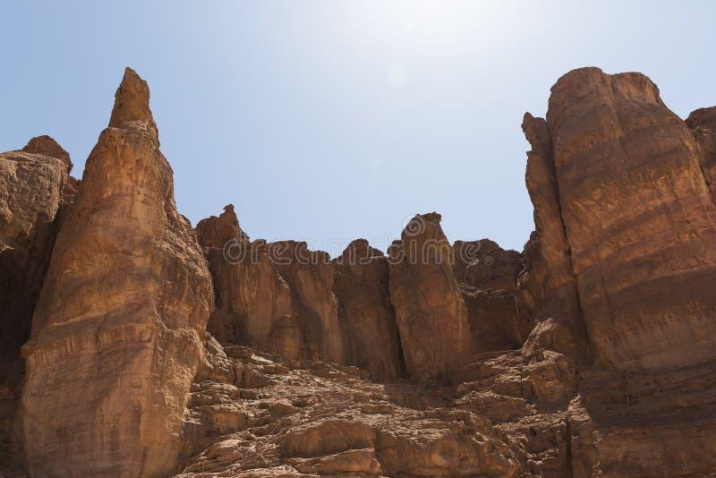 Colunas de Solomon no parque de Timna imagens de stock
