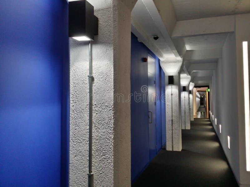 Colunas do corredor fotografia de stock