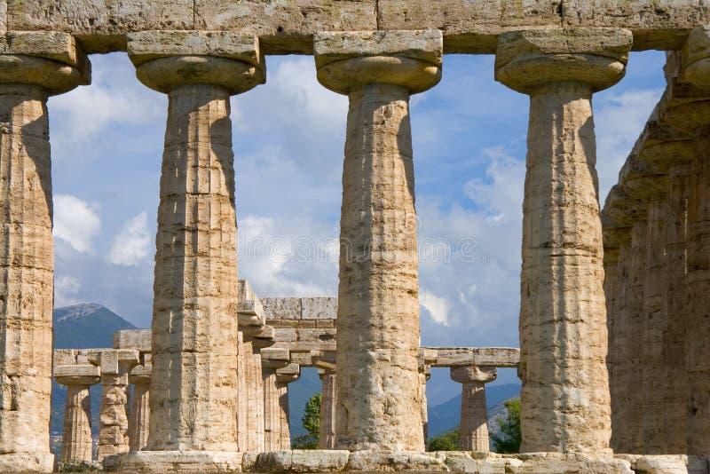 Colunas do templo imagem de stock