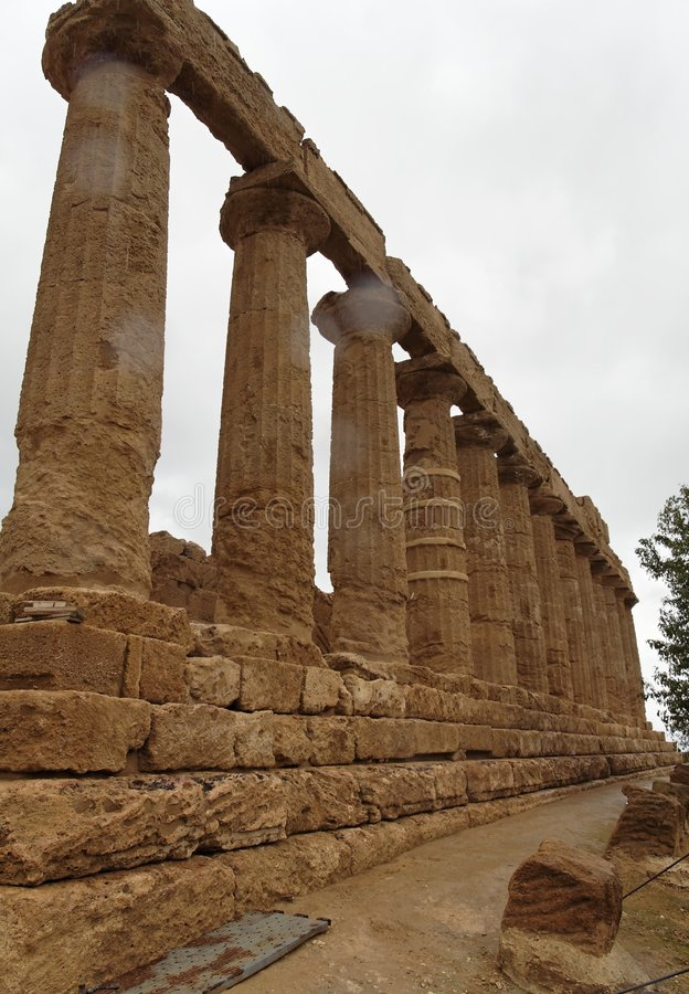 Colunas Doric - templo de Juno fotos de stock
