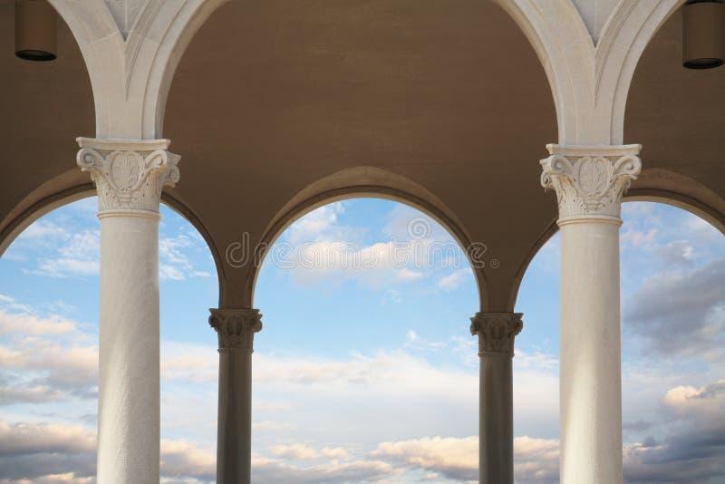 Colunas e arcos foto de stock