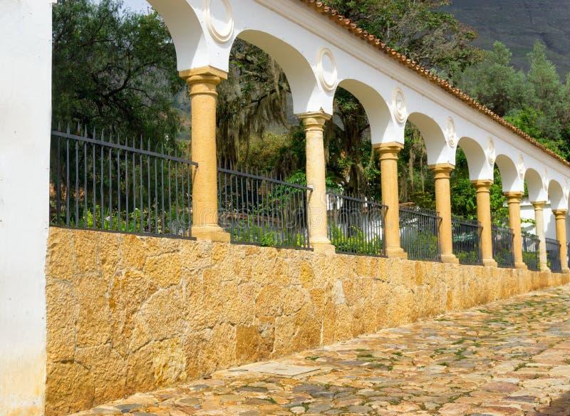 Colunas em Casa de campo de Leyva imagens de stock
