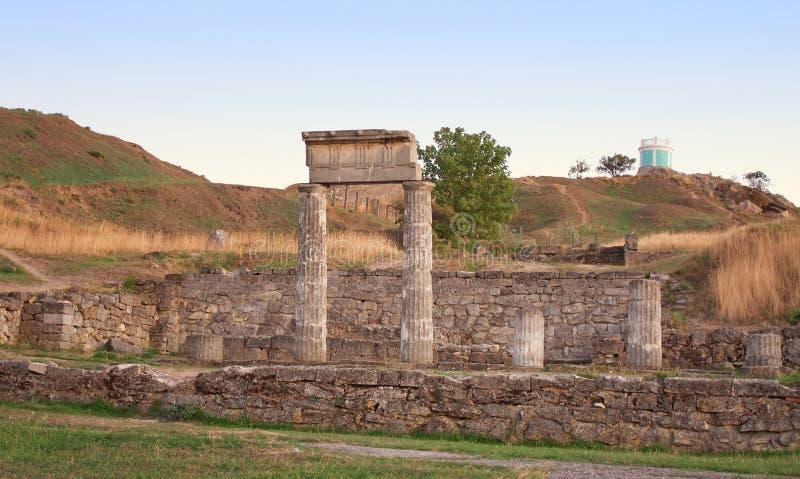 Colunas em Pantikapey antigo. Kerch, Ucrânia imagem de stock