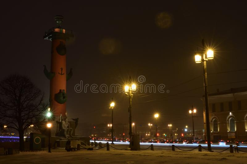 Colunas Rostral, St Petersburg foto de stock royalty free