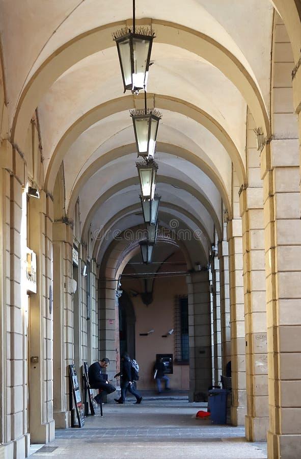 Colunata em um centro da Bolonha, Itália foto de stock royalty free