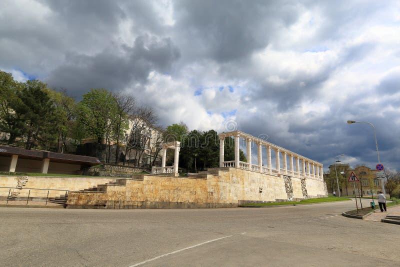 Colunata no bulevar de Gagarin em Pyatigorsk Território de Stavropol, Rússia imagem de stock