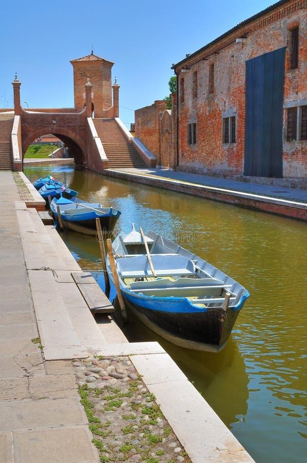 Download Comacchio. Emilia-Romagna. Italië. Stock Afbeelding - Afbeelding bestaande uit historisch, riverbank: 29513445