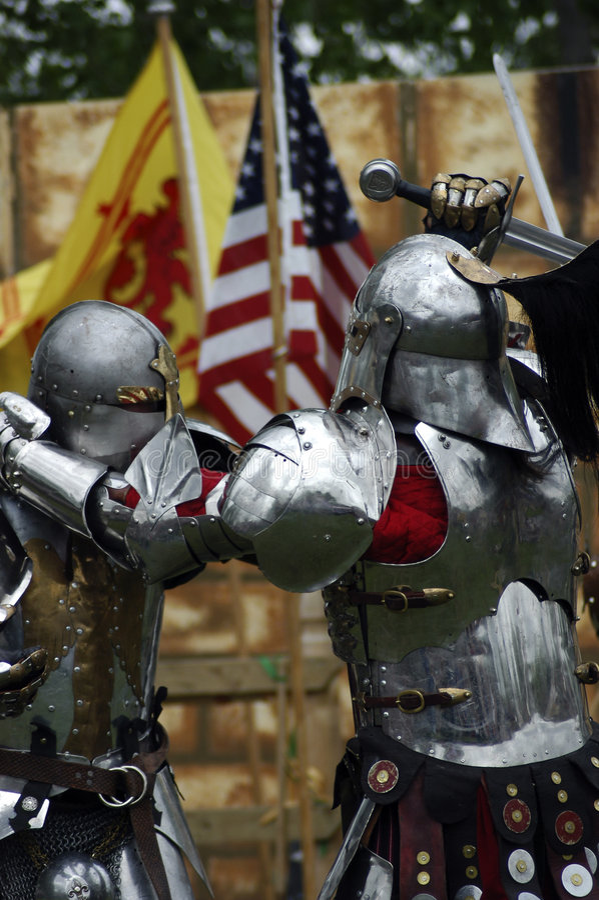 Combat de chevaliers photo stock
