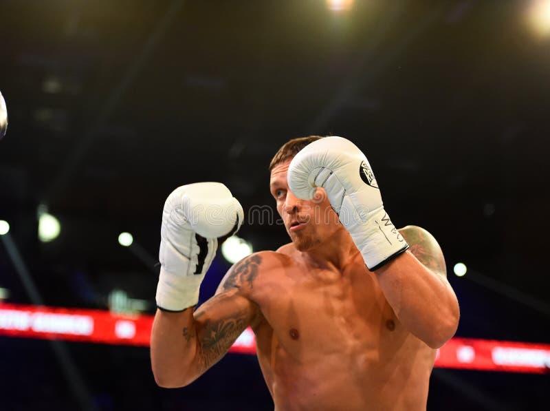 Combat pour le titre de champion du monde de poids mi-lourd de WBO photo stock