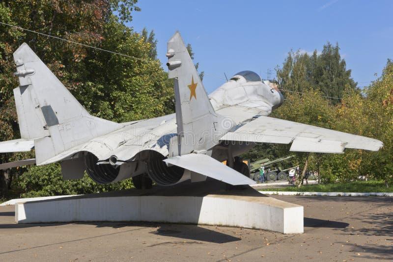 Combate MiG-29 no Parque da Vitória, na cidade de Vologda fotos de stock royalty free