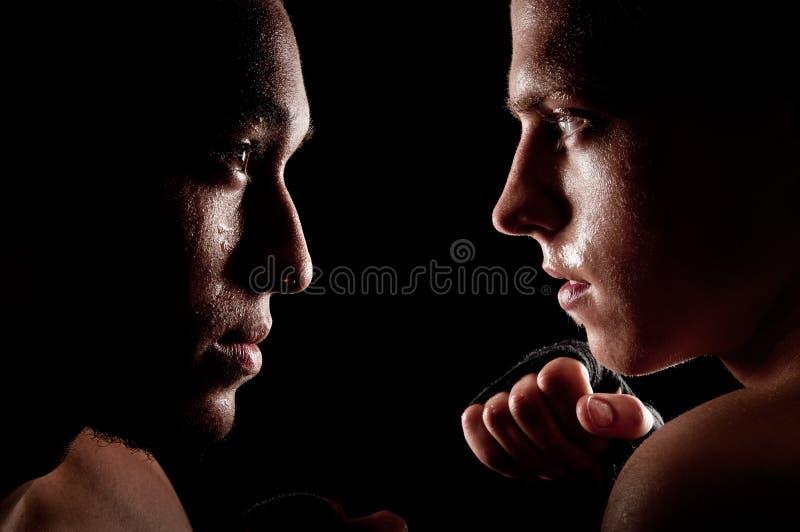 Combatiente contra combatiente fotos de archivo