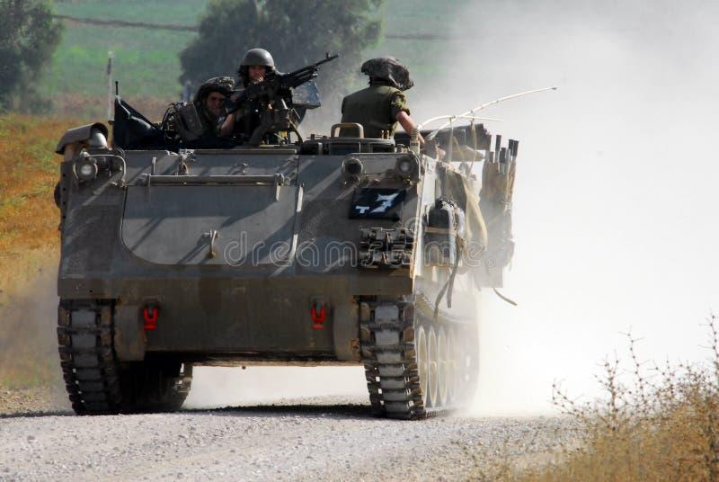 Combatientes israelíes en la Franja de Gaza del norte imagen de archivo