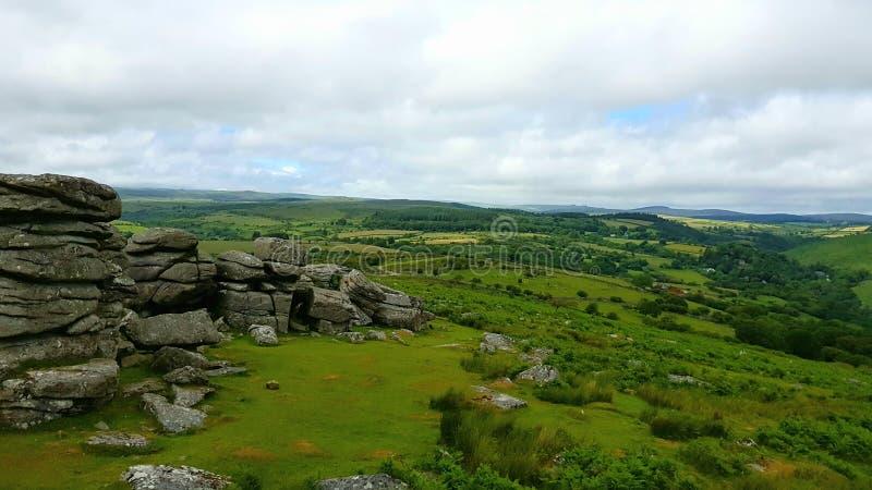CombestoneTor, sur le parc national de Dartmoor, Devon R-U photographie stock
