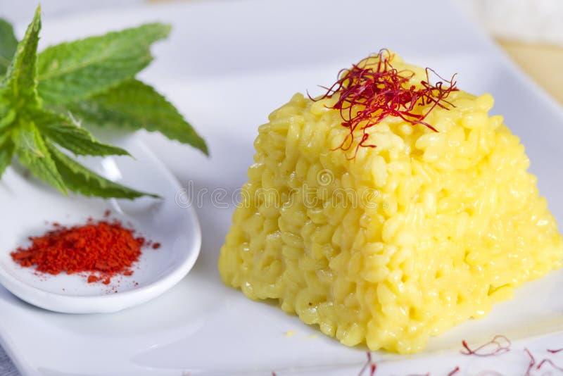 Combinações do alimento, arroz do aç6frão. foto de stock royalty free