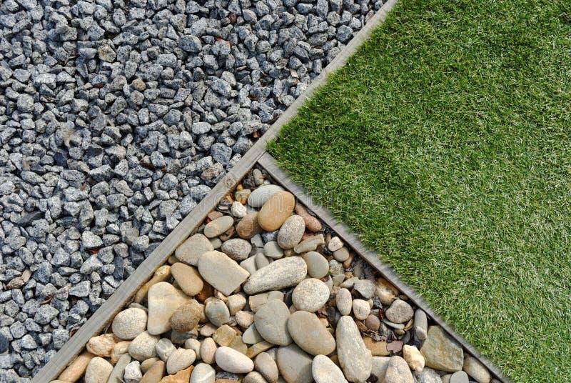 Combinaties gras en stenen royalty-vrije stock afbeeldingen
