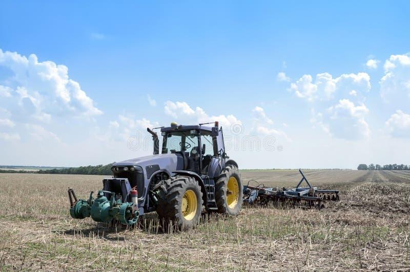 Download Combine stock image. Image of land, dirt, harvesting - 33011817