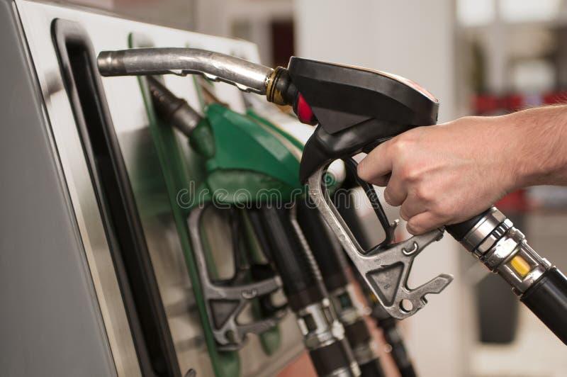 Rifornimento di carburante fotografia stock libera da diritti