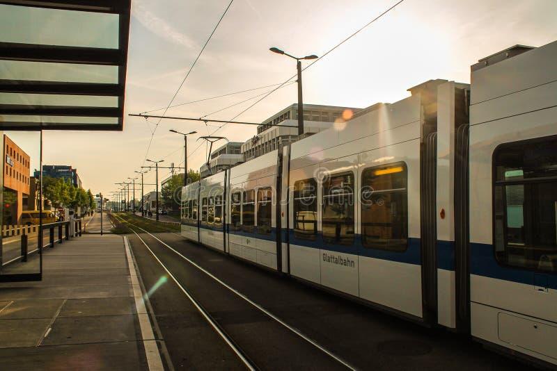 Come concludersi un giorno a Zurigo fotografia stock