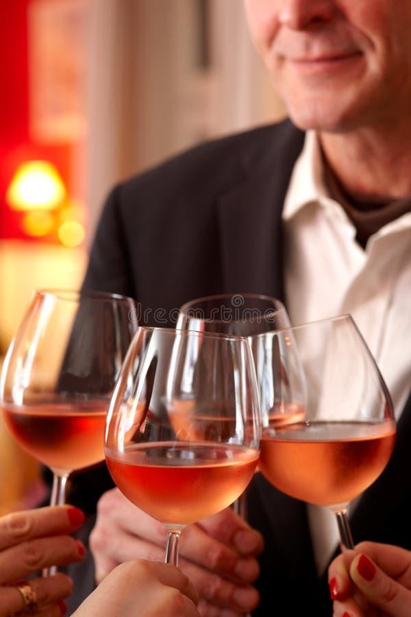 Comemoração com vinho imagem de stock royalty free