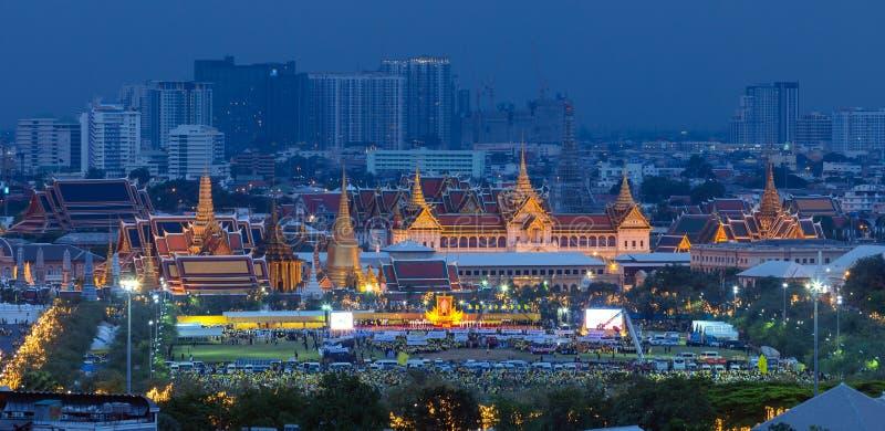 Comemorando o aniversário (o dia de pai), rei de Tailândia fotos de stock royalty free