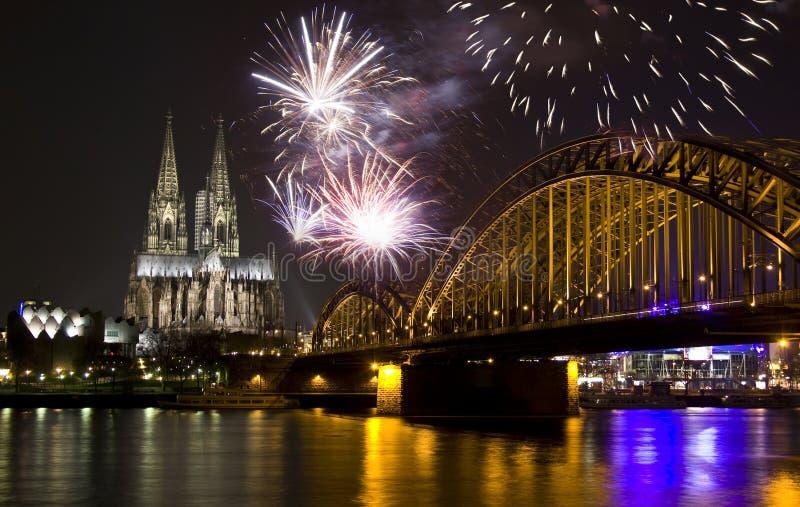 Comemorando o ano novo na água de Colônia fotos de stock royalty free
