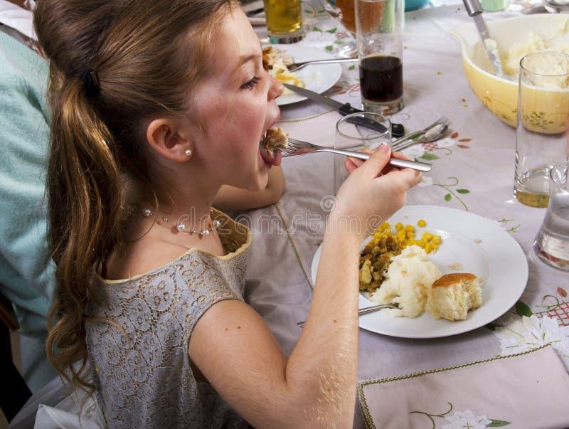 Comendo o jantar Turquia da ação de graças fotografia de stock
