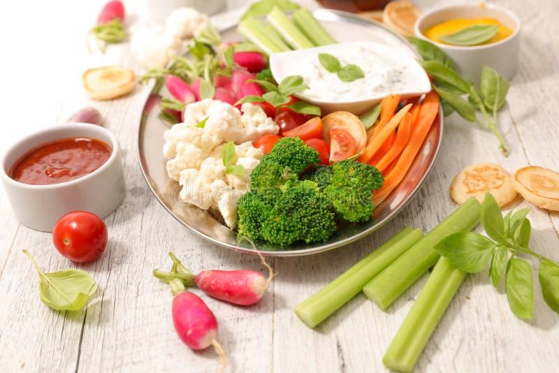Comer saudável do petisco imagem de stock royalty free