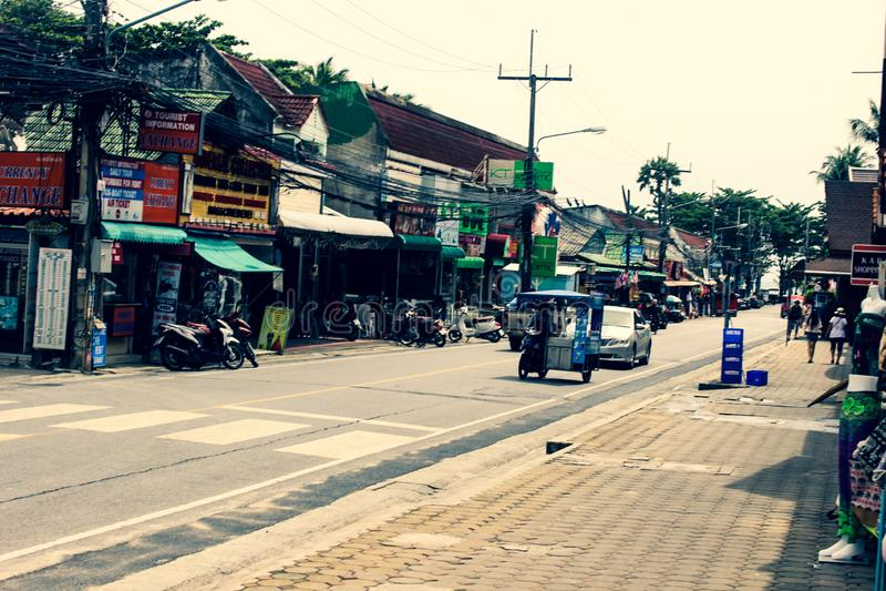 Comerciantes da rua na vila asiática fotografia de stock