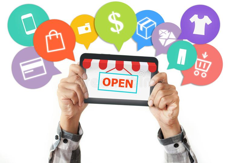 Comercio electrónico y compras en línea, concepto abierto de la tienda fotografía de archivo