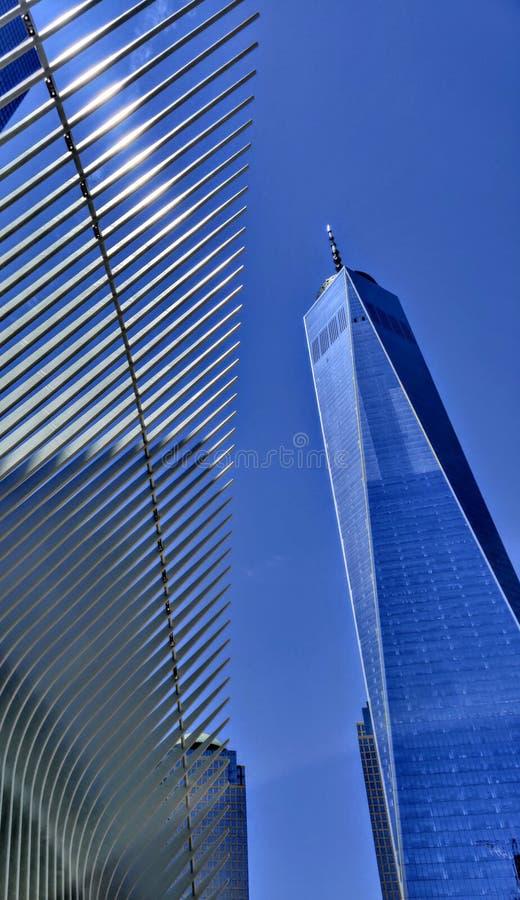 Comercio mundial uno New York City de debajo imágenes de archivo libres de regalías