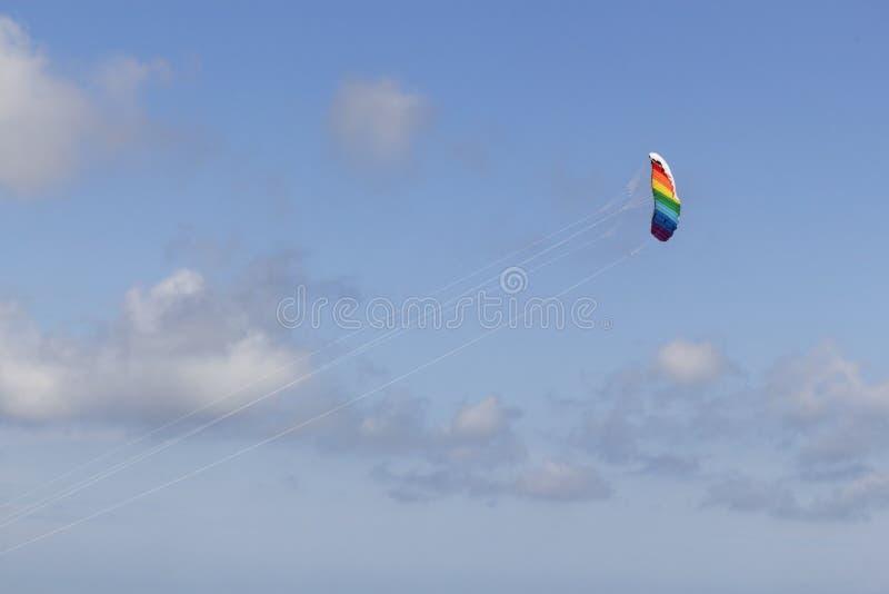 Cometa para arriba en el aire imagen de archivo libre de regalías