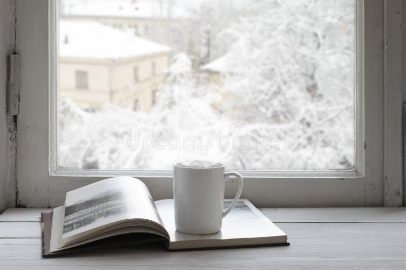 Comfortabel de winterstilleven stock fotografie