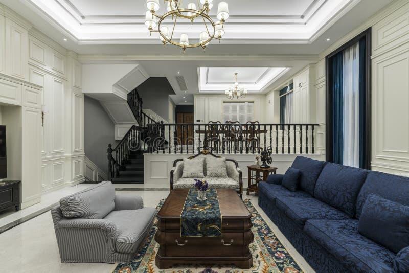 Comfortabel en proper huis stock fotografie