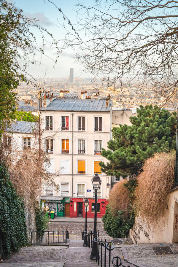 Comfortabel hoekje in Montmartre royalty-vrije stock foto