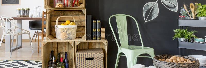 Comfortabel keukenbinnenland stock fotografie