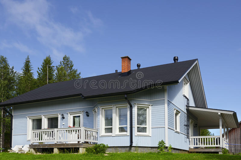 Comfortabel plattelandshuisje. Finland stock foto