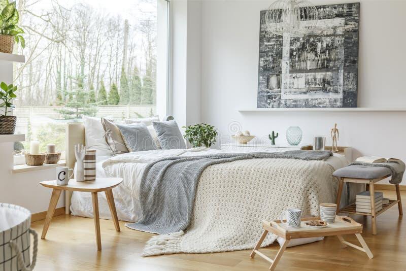 Comfortabel slaapkamerbinnenland stock foto's