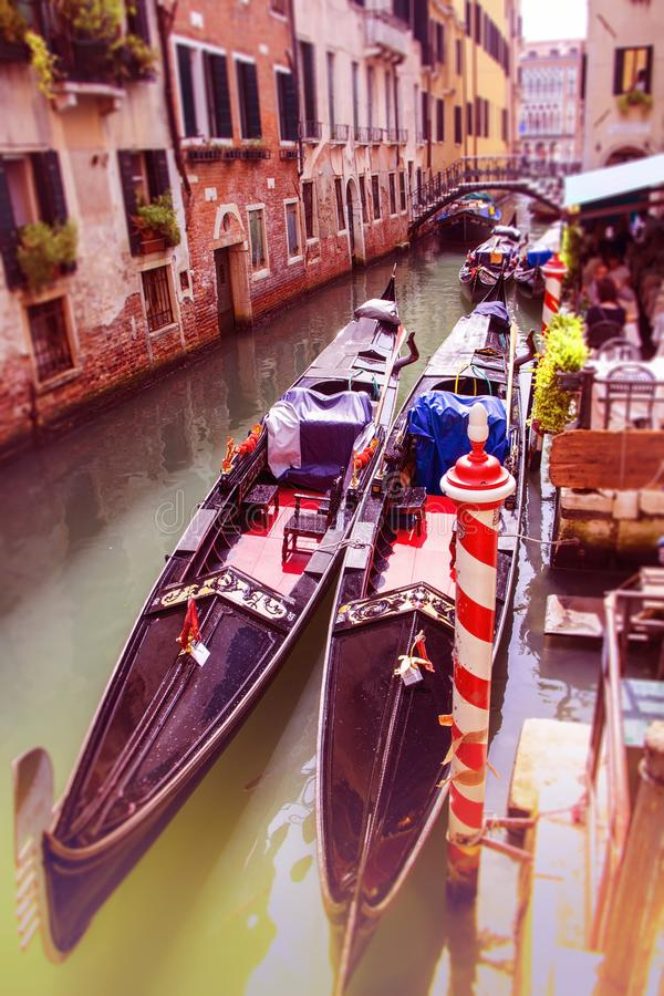 Comfortabele binnenplaatsen van Venetië stock foto's