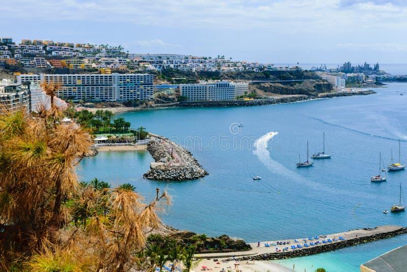 Comfortabele toeristische baai hoogste mening, Canarische Eilanden stock fotografie
