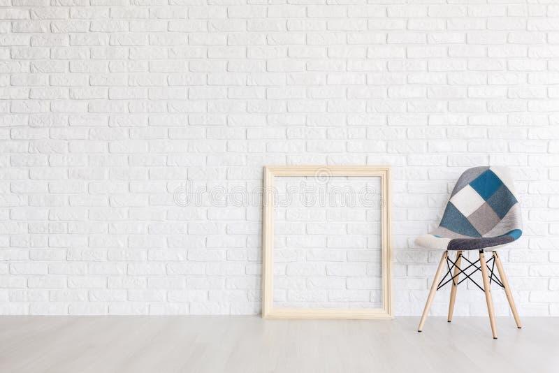 Comfy και όμορφη καρέκλα σχεδιαστών στοκ εικόνα με δικαίωμα ελεύθερης χρήσης