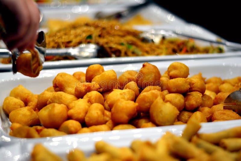 Comida asiática mezclada frita imagen de archivo