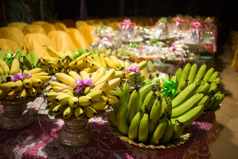 Comida camboyana tradicional de la fruta de la boda del Khmer para un banquete fotografía de archivo libre de regalías