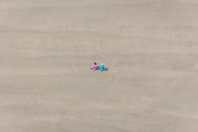 Comida campestre de la playa foto de archivo libre de regalías