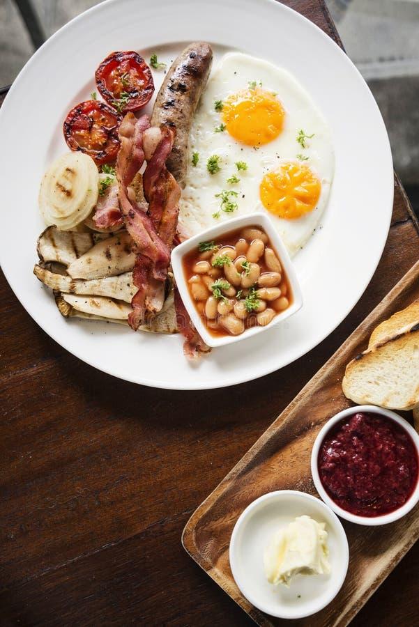 Comida clásica británica inglesa completa famosa tradicional s del desayuno foto de archivo