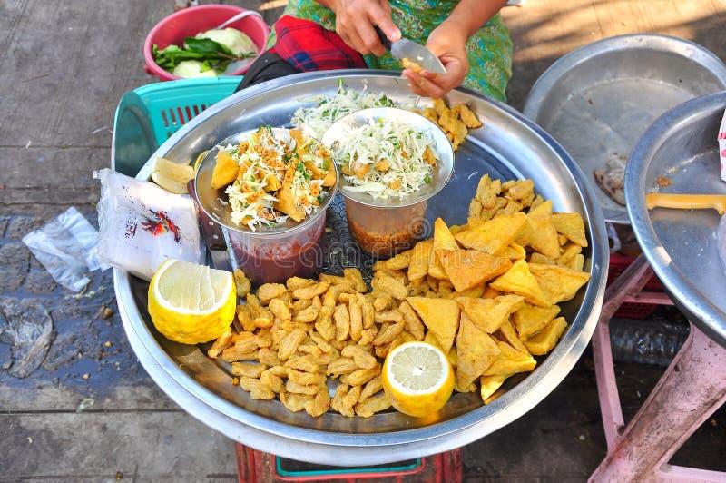 Comida de la calle de Myanmar imagen de archivo