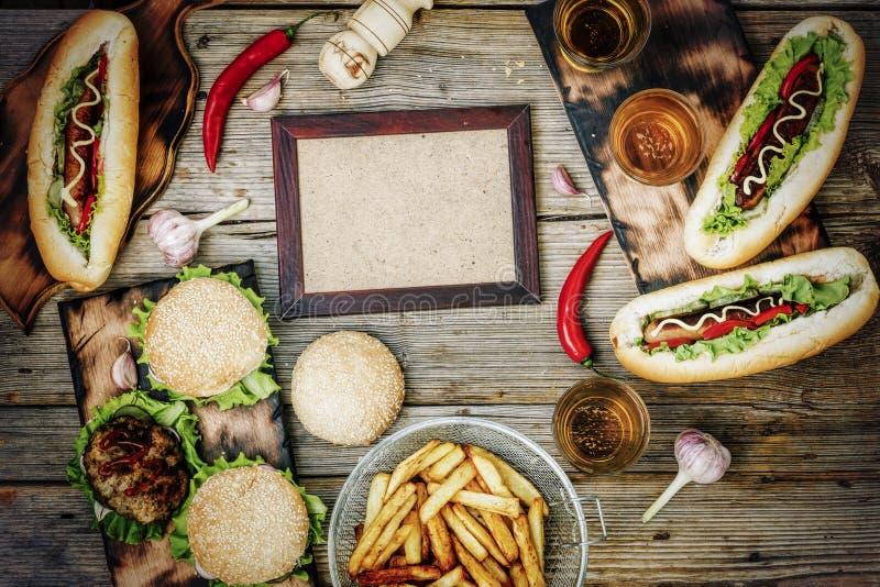 Comida de la calle, comida, hamburguesa, bocado, cena, carne, bocadillo, sésamo, alimentos de preparación rápida deliciosos, foto de archivo