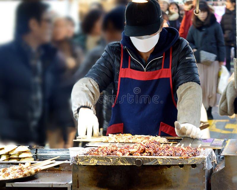 Comida de la calle - Seúl EL SUR COREA imagen de archivo