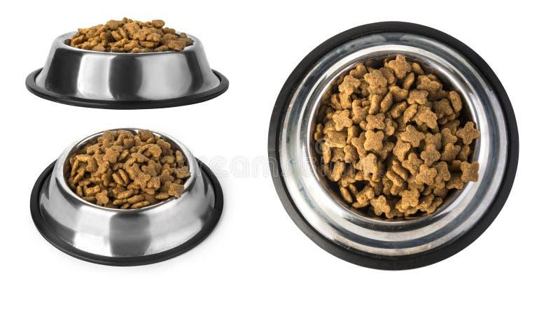 Comida de perro en el cuenco, aislado imagen de archivo libre de regalías