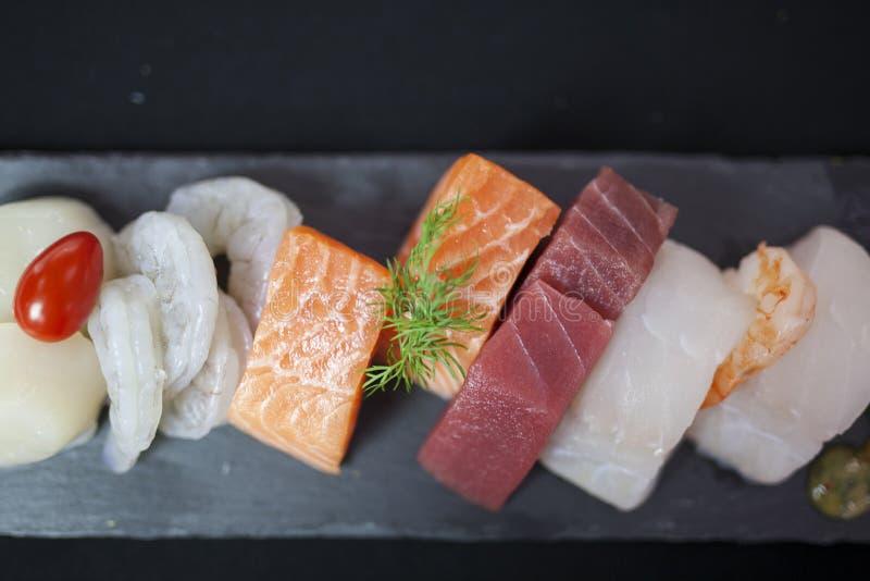 Comida de pescados imágenes de archivo libres de regalías