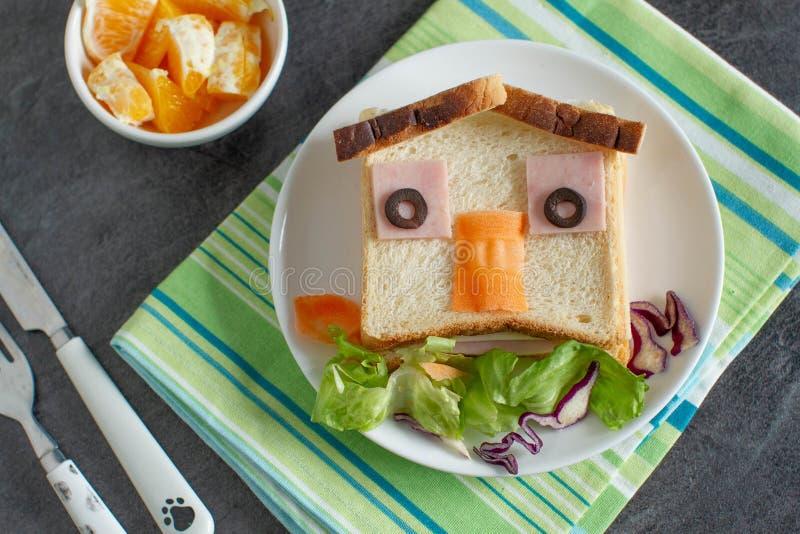 Comida divertida para los niños foto de archivo libre de regalías